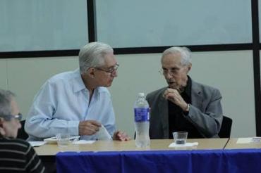 Presentación en la West Dade Regional Library de «Palabras en la tarde», de Juan Cueto-Roig