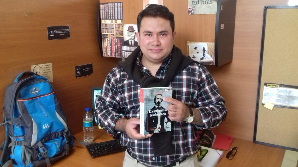 Entrevista a Evelio Traba y «El camino de la desobediencia»