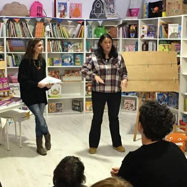 Presentación de «¿Los Reyes Magos son un cuento chino?» en Librería Alicia