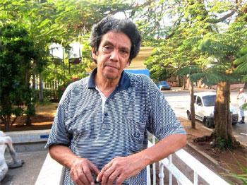 Reinaldo Escobar gana, con su obra «La grieta» el Premio