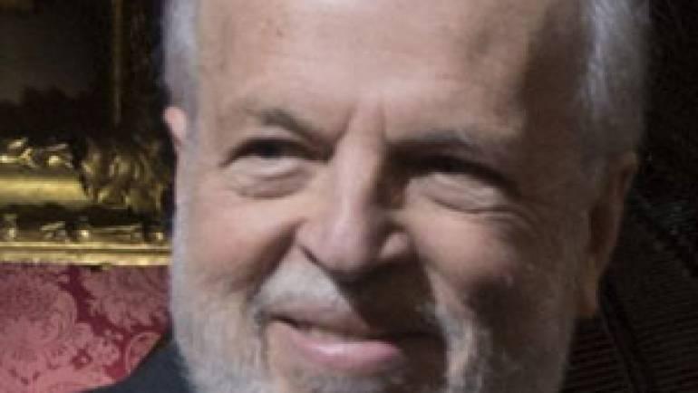 Alvar González-Palacios